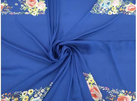 VOIRON - kwiaty z niebieskim raport